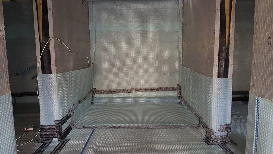 Cellar tanking installation